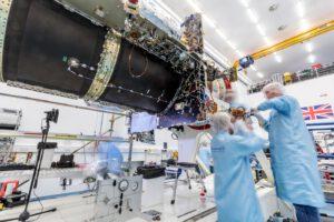 Eutelsat Quantum představuje novou univerzální platformu pro telekomunikační družice