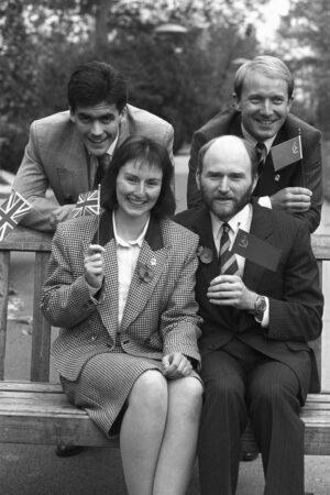 Čtyři finalisté projektu Juno: (vzadu zleva: Clive Smith, Timothy Mace; vepředu zleva: Helen Sharman, Gordon Brooks