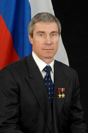 Sergej Krikaljov - hrdý nositel nejvyšších vyznamenání dvou různých států