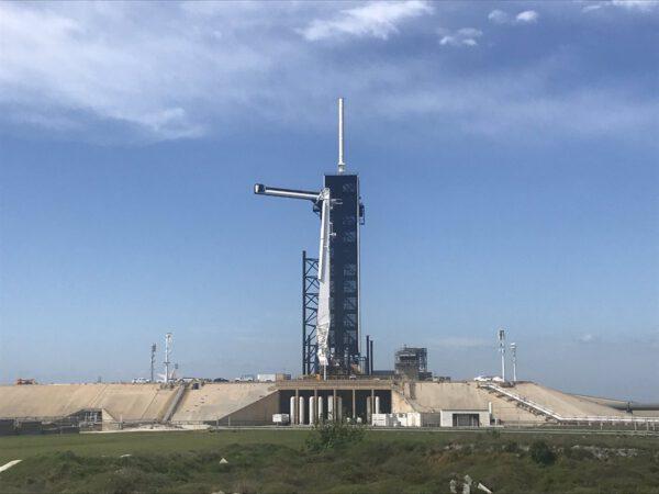 Rampa 39 A ráno po startu již bez rakety s lodí