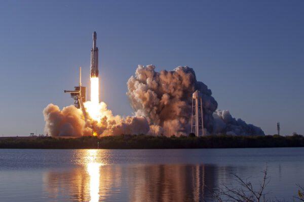 Falcon Heavy - Arabsat 6A - Ben Cooper