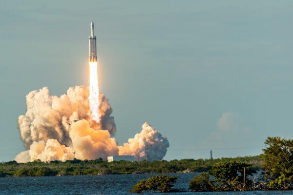 Falcon Heavy - Arabsat 6A - Michael Baylor