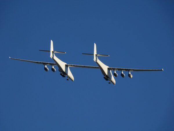 Rozpětí křídel 117 metrů