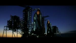 Vidět dva raketoplány současně na rampách vedle sebe bylo doposud možné jen jednou - ve filmu Armageddon.