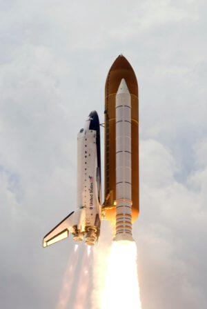 Atlantis na svou misi STS-125 odstartoval ve dvě hodiny a jednu minutu místního času.