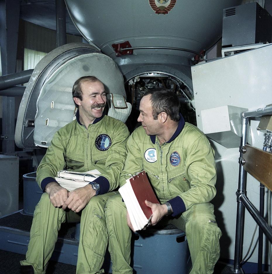 Posádka expedice EO-13 při výcviku