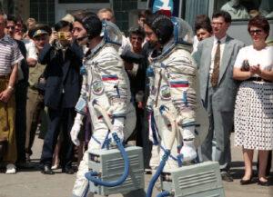 Malenčenko s Musabajevem míří k tradičnímu hlášení Státní komisi