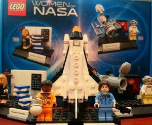 LEGO vydává řadu let nejrůznější stavebnic inspirovaných kosmonautikou.