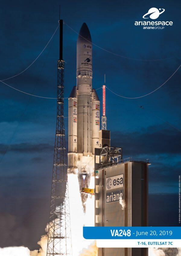 20. června odstartovala Ariane 5 s dvěma telekomunikačními družicemi