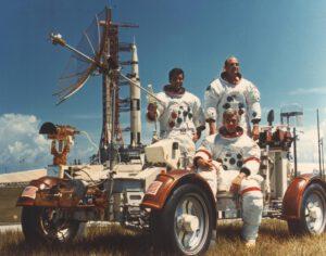 Eugene Cernan nechtěl na Měsíc. Chtěl velet posádce. No, a že to byla zrovna lunární výprava... Jen dobře, ne?