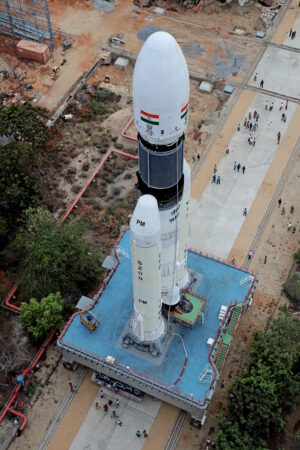 Raketa pro Chandrayaan 2 z nadhledu
