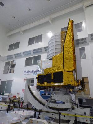 Testovací model teleskopu Euclid určený k tepelným a strukturálním zkouškám.