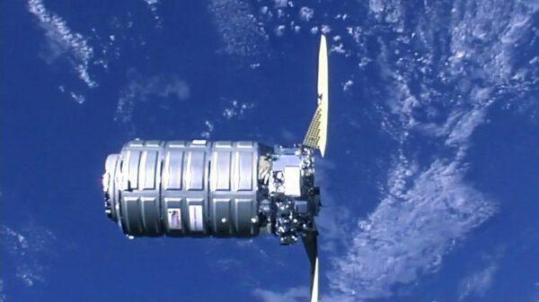 Nákladní kosmická loď Cygnus NG-11, 19. dubna