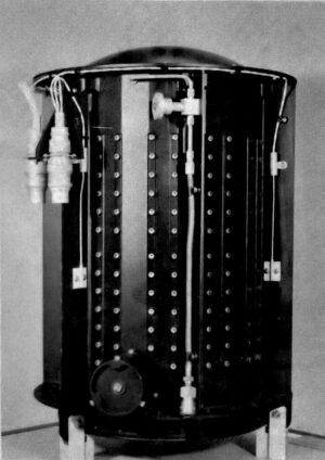 Radioizotopový termoelektrický generátor pro program Voyager - na každé sondě jsou tři RTG.