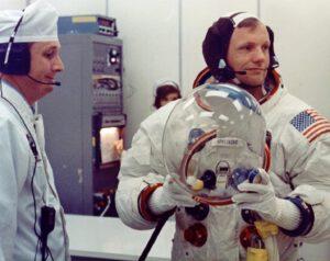Neil Armstrong v den startu Apolla 11.