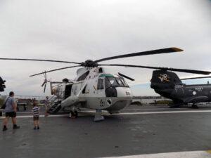 Sikorsky Sea King trupového čísla 66 na USS Midway