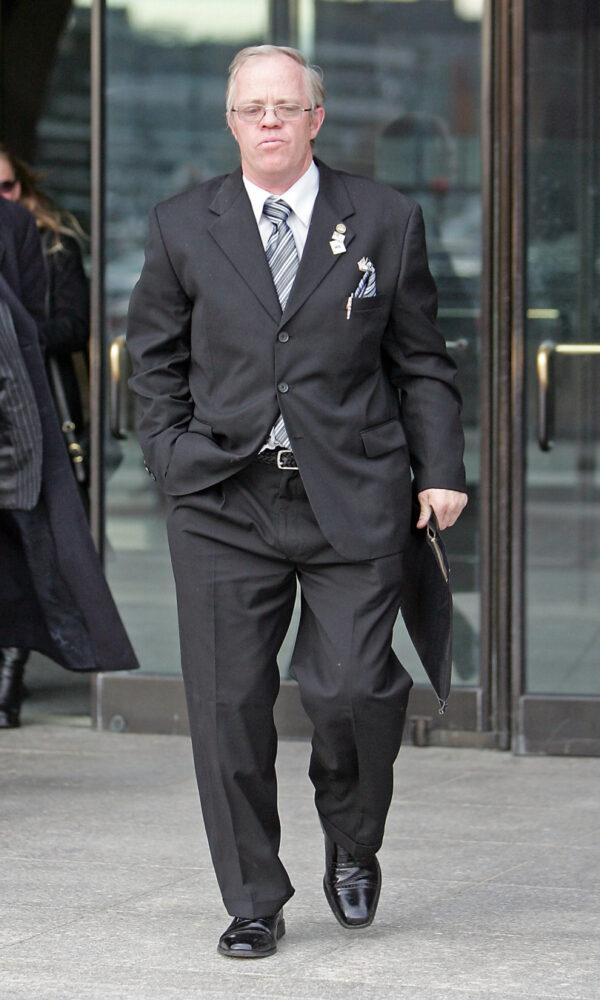 Thomas Chapman odchází od soudu