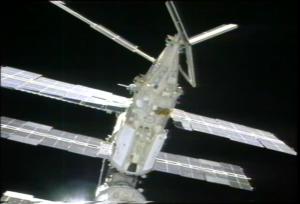 Nerozevřený panel DSB-IV je na tomto záběru zřetelně viditelný