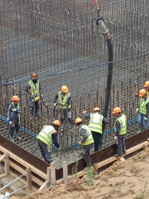 Pracovní ruch na stavbě rampy Site 1A