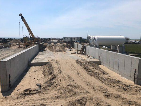 Foto ze stavby Launch Complex 2 pořízené v červnu 2019.