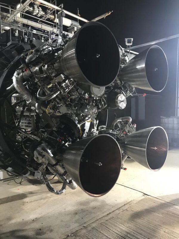 Čtveřice motorů Reaver 1 - takzvaný cluster