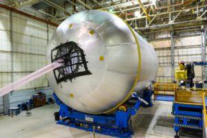 Rentgenová inspekce svarů nádrže na kapalný kyslík, 18. července