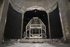 Systém Heat Flux určený k ohřevu povrchu Orionu ve vakuové komoře na stanici Plum Brook