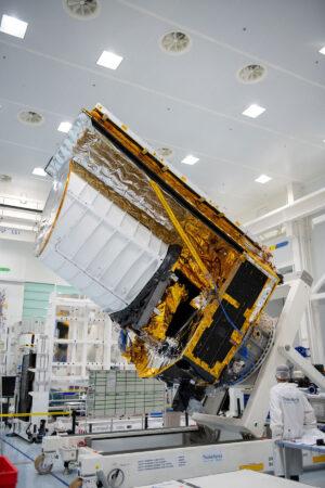 Testovací model teleskopu Euclid pro strukturální a termální zkoušky.