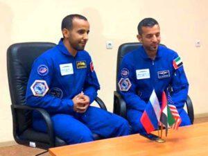 Dva finalsité na prvního astronauta z UAE - Hazza Al Mansouri a Sultan Al Najádí