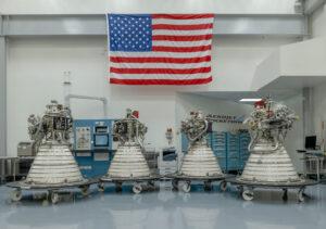 Tři ze čtyř letových motorů RL-10 pro EUS již byly dodányod výrobce Aerojet Rocketdyne do Stennisova střediska spolu s motorem RL-10 pro horní stupeň ICPS rakety SLS Block I pro Artemis II.