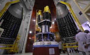 Integrace družice RISAT-2BR1