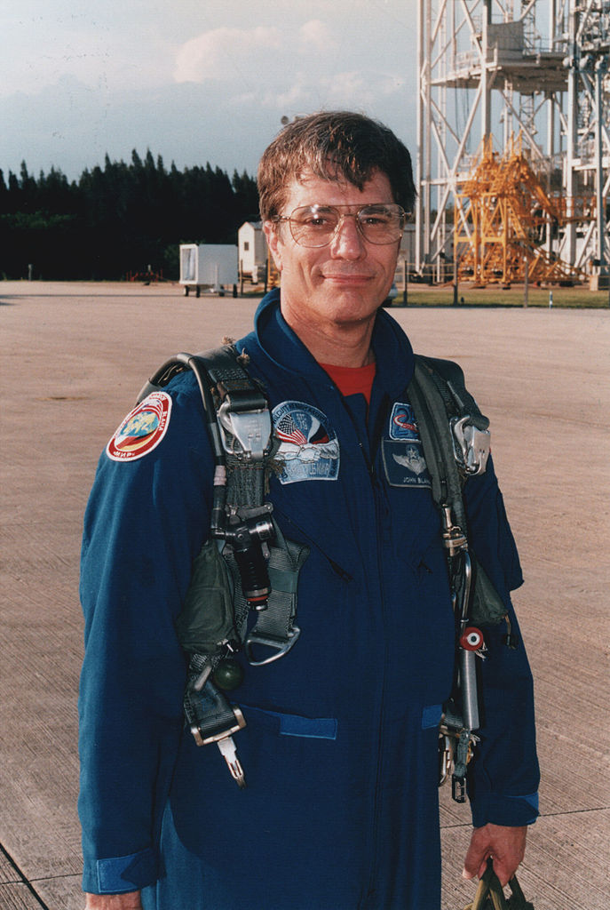 Blaha po příletu na KSC před startem STS-79