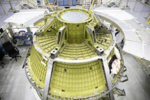 Kabina Orionu pro Artemis II, září 2020