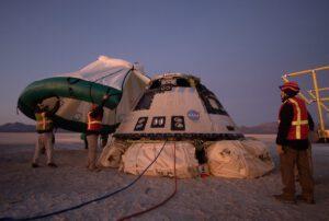 Starliner po přistání z první testovací mise