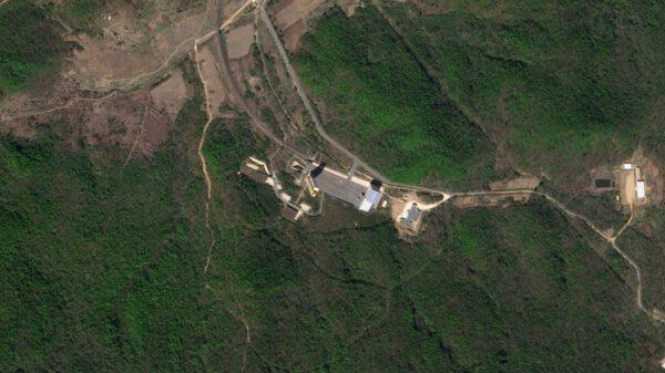 Severokorejský režim tvrdil, že v létě roku 2018 tento areál demontoval, ale snímky shromážděné na jaře 2019 naznačují, že místo bylo alespoň částečně opraveno. Tento obrázek byl pořízen 2. května 2019.