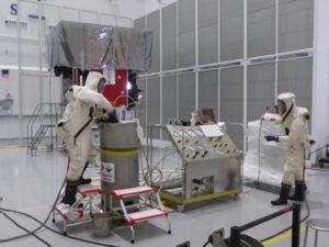 Tankování sondy Solar Orbiter.