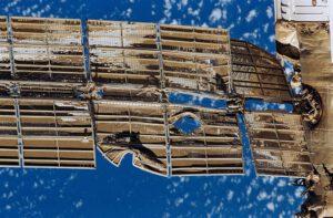 Poškozený solární panel Spektru
