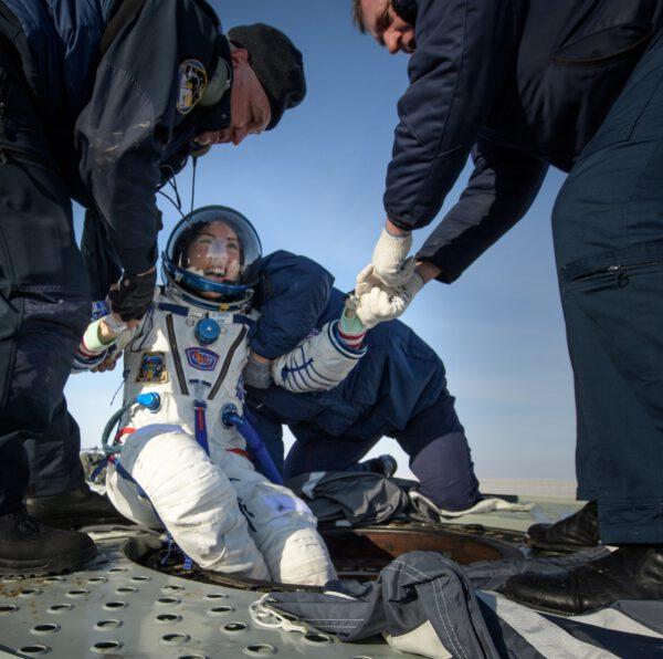 Chstina Koch po přistání ze své první mise