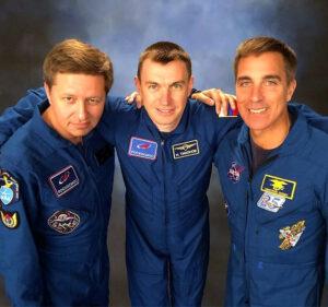 Původní posádka Sojuzu MS-16, Zleva Babkin - Tichonov - Cassidy.