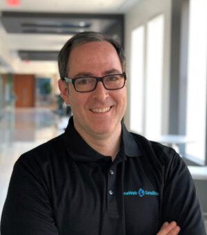 Tony Gingiss - šéf programu OneWeb Satellites