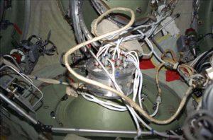 Germoplata se zapojenými kabely