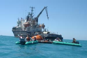 Školení přistání na moři je trénováno u pobřeží Soči v Černém moři.
