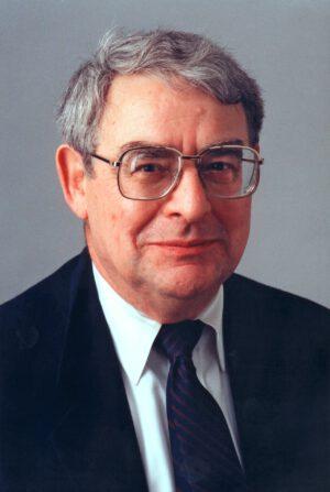 Riccardo Giacconi, laureát Nobelovy ceny za fyziku pro rok 2002.
