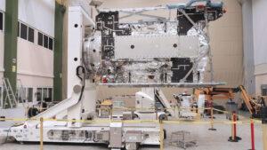 Sonda JUICE bude po dokončení slušný macek - vážit má skoro pět a čtvrt tuny.