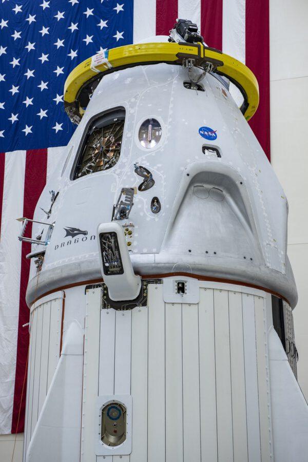Crew Dragon určený k misi DM-2