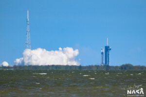 Julia Bergeron zachytila statický zážeh Falconu 9 pro misi DM-2