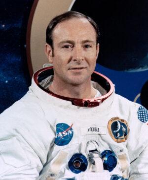 Ed Mitchell svým náhledem na fungování světa příliš nezapadal do šablony pragmatického vesmírného hrdiny...