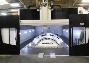 Společnost AMRO Fabricating dokončila v červnu výrobu dílu Orionu s okny pro Artemis III. Při této misi se má Orion v říjnu 2024 spojit s lunárním landerem.