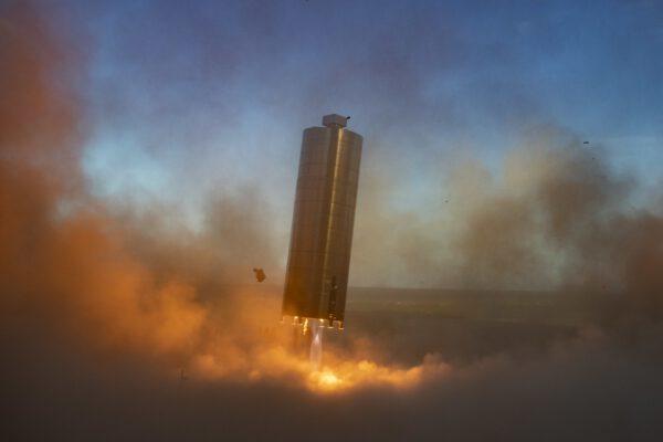 Starship SN-5 přistává