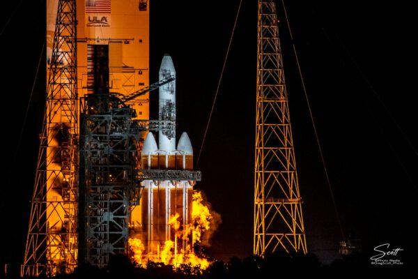 Pokus o start Delta IV Heavy